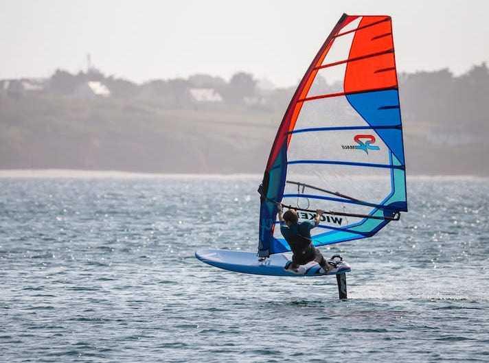 Antonin navigation en windfoil